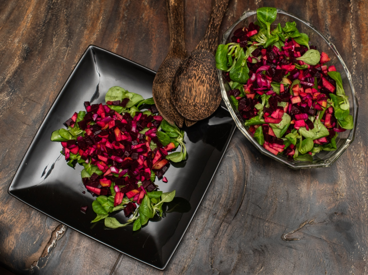 Red beet and apple salad