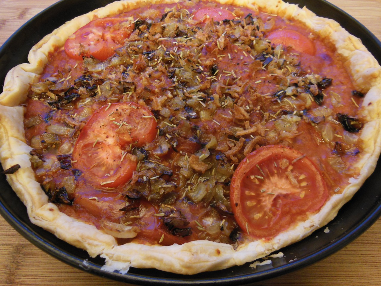 Cheesy tomato pie